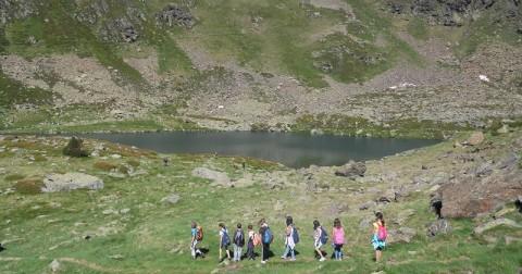 Campamento de inglés sin clases llegando lago